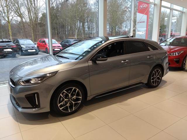 Kia ProCeed - GT Plus Line + Panoramadach
