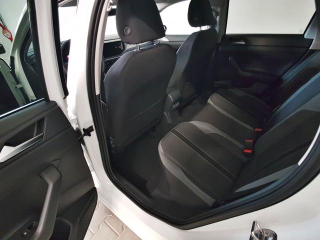 Volkswagen Polo Highline P-Dach App Connect PDC 17 Zoll