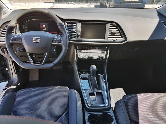 Seat / Leon (DK) / Grau / FR /  /