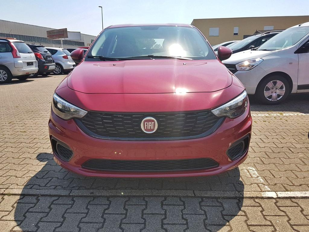 Fiat / Tipo / Rot / Pop /  /