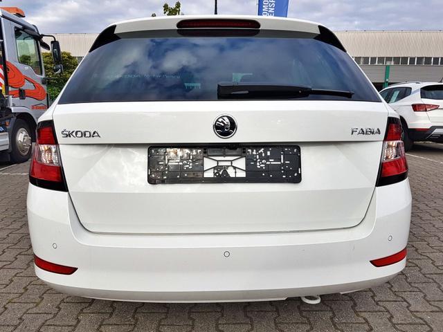Skoda / Fabia / Weiß / Style /  /