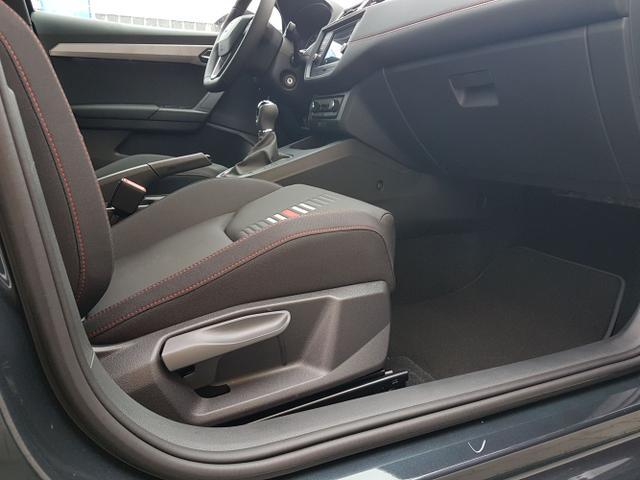 Seat / Ibiza / Grau / FR /  /