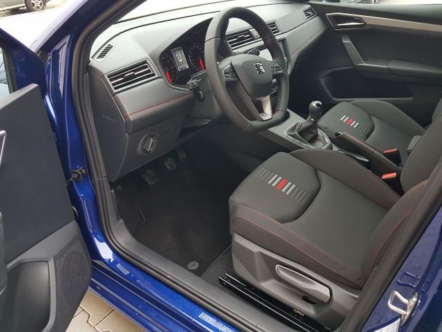 Seat / Ibiza / Blau / FR /  /