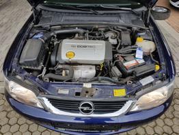 Opel / Vectra / Blau / Comfort  / Blau  / ZV ,5 T