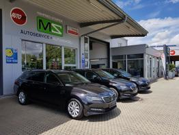 Skoda / Superb Combi / Schwarz / Ambition  /  / EU Neuwagen,Modell 2020, LED Matrix