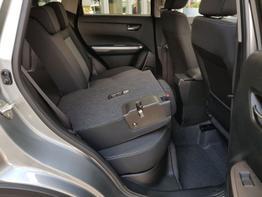 Suzuki / Vitara / Grau / Comfort  /  / Allrad   ,Klimaautomatik, SHZ   Kamera