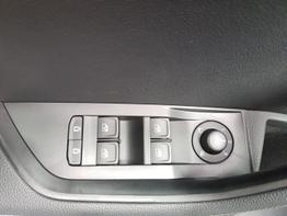 Skoda / Superb Combi / Weiß / Style  /  / Navi, DSG, Climatronic, Sitzheizung
