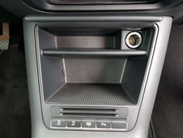 Volkswagen / Tiguan / Weiß /  / Candy Weiss / Climatronic 2Zonen,Pdc Hinten,