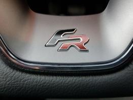 Seat / Ibiza / Rot / FR /  / PDC,Multilenkrad,SHZ