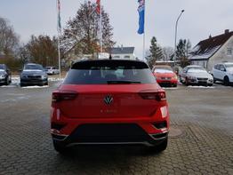 Volkswagen / T-Roc / Rot / Sport  /  / DSG, NAVI DISCOVER, KAMERA, PDC
