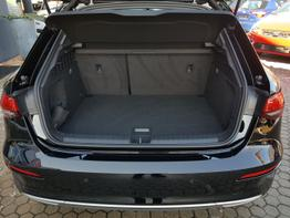 Audi / A3 Sportback / Schwarz /  /  / Klimaautomatik  Virtuelles Cockpit, LED  ,NAVIGATION, , Beispielbilder, ggf. teilweise mit Sonderausstattung
