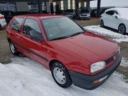 Volkswagen / Golf /  / Style  /  / Einparkhilfe vorne und hinten, Kamera  ,Klimaautomatik, LED