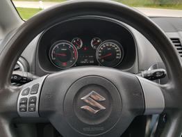 Suzuki / SX4 /  /  /  /