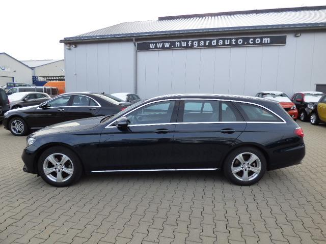 Mercedes-Benz E-Klasse T-Modell - E 220 T d 2x Avantgarde 9G-Tronic Automatik Business-Paket Laderaummanagement EASY-PACK-Fixkit Sitzkomfort-Paket Ablagepalet LED ILS Aktiver Park-Assistent Kamera Modeljahr 2017 TOP Zustand !!!