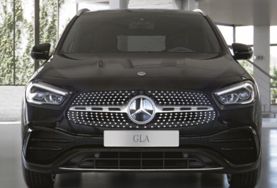 Lagerfahrzeug Mercedes-Benz GLA - AMG Line KURZFRISTIG LIEFERBAR