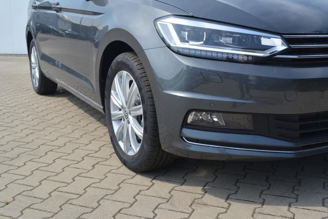 Volkswagen Touran - 1.5TSI DSG EU6D-TEMP AHK LED NAVI BLINDSPOT 7 SITZE!!!