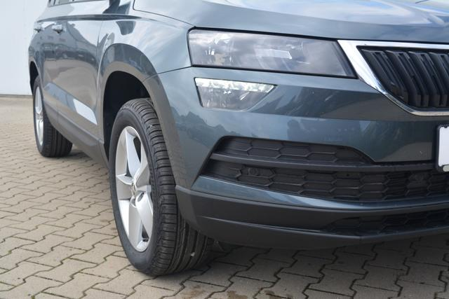 Skoda Karoq - Ambition 1.0TSI CLIMATRONIC PDC LIGHT ASSIST!!!