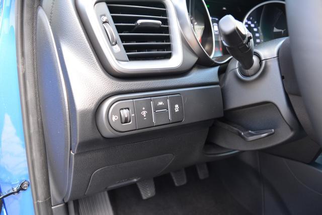 Kia Ceed EU Neuwagen billig in Bielefeld kaufen