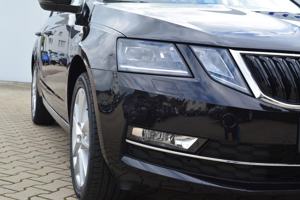 Skoda Octavia Combi Style DSG Black Magic EU Neuwagen günstig kaufen in Bielefeld