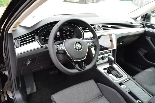 VW Passat Variant Comfortline Panoramaglasdach EU Neuwagen günstig in Bielefeld kaufen