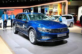Volkswagen Passat - Base