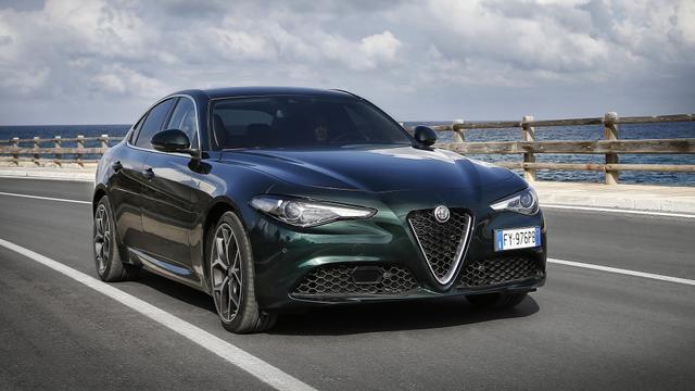 Bestellfahrzeug, konfigurierbar Alfa Romeo Giulia - 200 Super