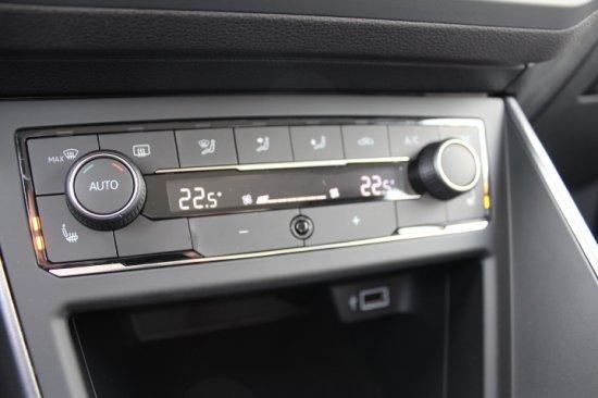 Volkswagen Polo 1,0 70kW OPF Euro 6temp Highline Climatronic Sitzheizung ACC PDC