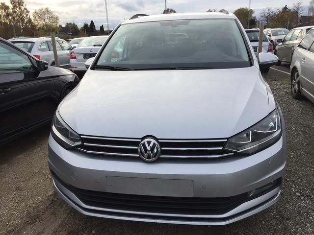 Volkswagen Touran - Highline 1.5 TSI EVO ACT 150PS DSG7 2019