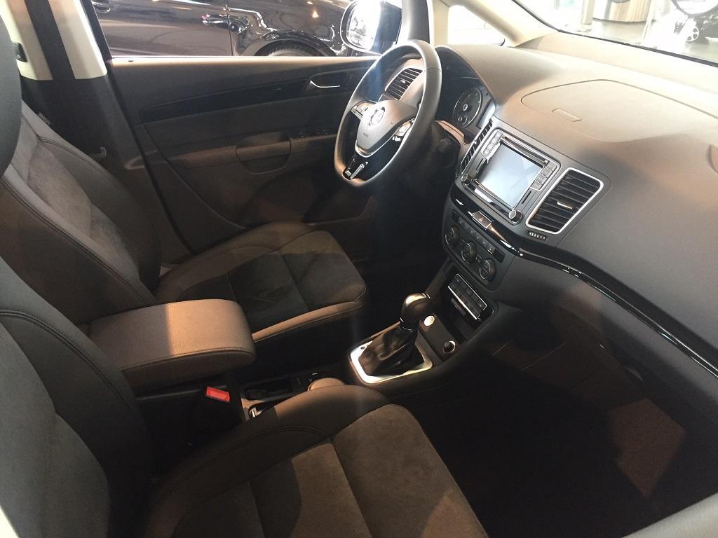 volkswagen sharan highline 2 0 tdi scr 150ps dsg6 2019 g nstig online kaufen. Black Bedroom Furniture Sets. Home Design Ideas