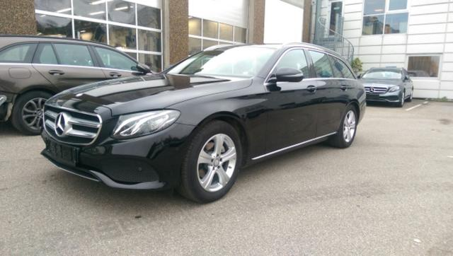 Mercedes-Benz E 220 T - d Business Kombi E220D 194PS 9G-Tronic Navi LED PDC AHK 2017