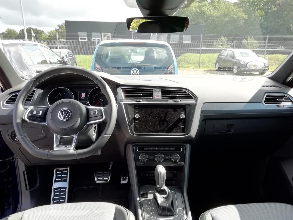 volkswagen tiguan comfortline 2 0 tsi 4motion 180ps dsg7. Black Bedroom Furniture Sets. Home Design Ideas