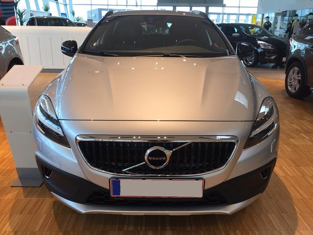 Volvo V40 Cross Country - Dynamic Edition D2 120PS 6G 2019