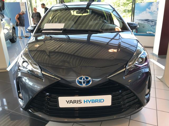 Toyota Yaris - H4 1.5 VVT-i Hybrid 100PS e-CVT 2019