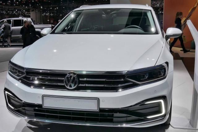 Volkswagen Passat Variant Business PLUS 1.5 TSI EVO ACT 150PS/110kW DSG7 2020