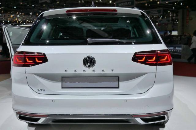 Volkswagen Passat Variant Base 1.5 TSI EVO ACT 150PS/110kW 6G 2020