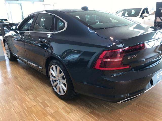 Volvo S90 R-Design T8 Twin Engine 392PS/288kW eAWD Aut. 8 2020