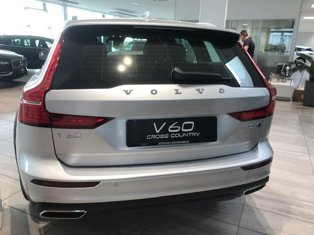 V60 Cross Country D4 190PS/140kW Aut. 8 AWD 2021