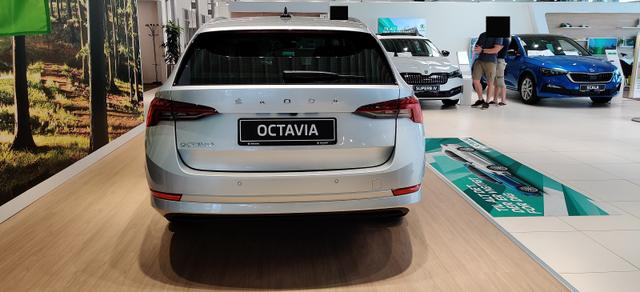 Octavia Combi Ambition 1.0 eTSI 110PS/81kW DSG7 2022