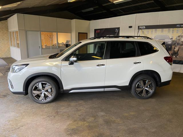 Subaru Forester - Summit 2.0 e-Boxer 150+17PS/110+12kW Lineartronic AWD 2020