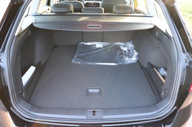 Passat Variant Elegance 2.0 TDI EVO SCR 150PS/110kW DSG7 2021