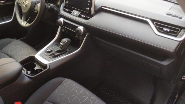 Toyota (EU) RAV4 T3 2.0 VVT-i 175PS 129kW 6G 4WD 2021